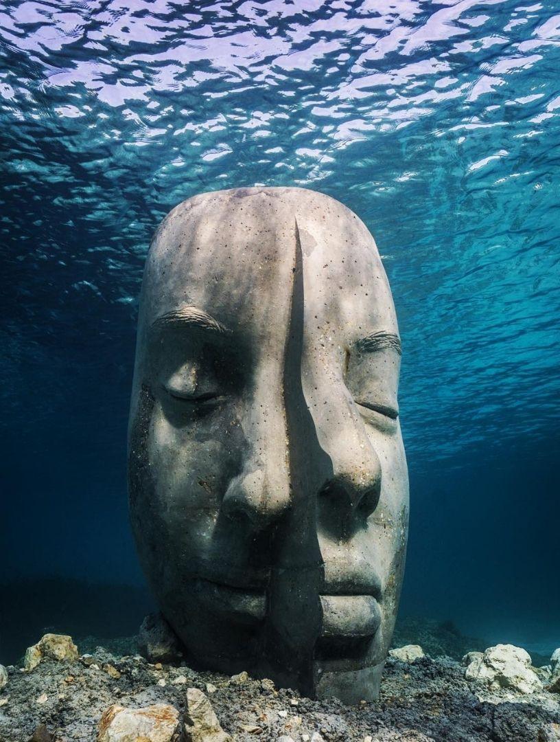 Underwater museum in Cannes