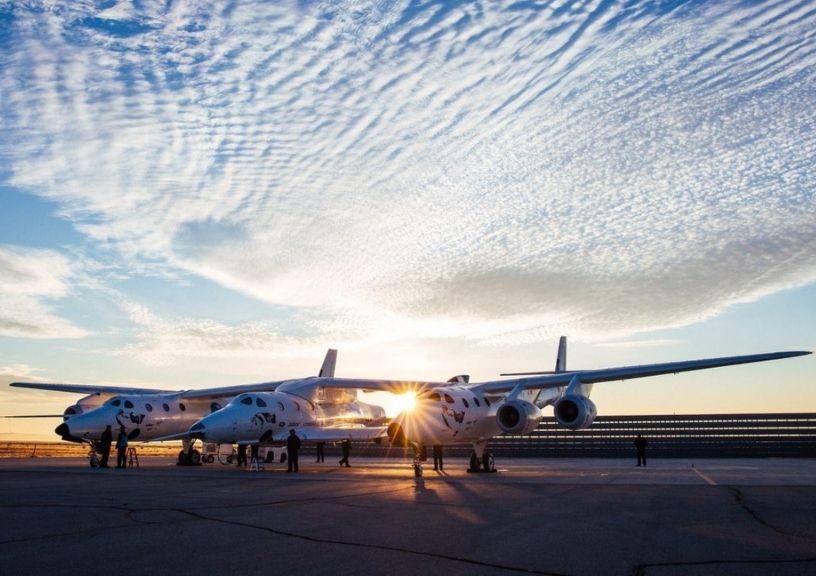 Spaceship Tourist Plane