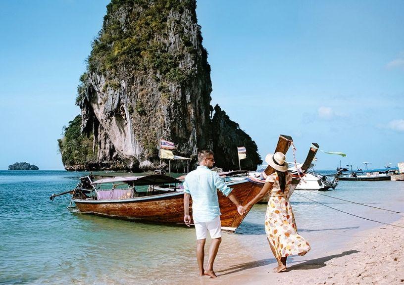 Grand Weddings And Dreamy Honeymoons