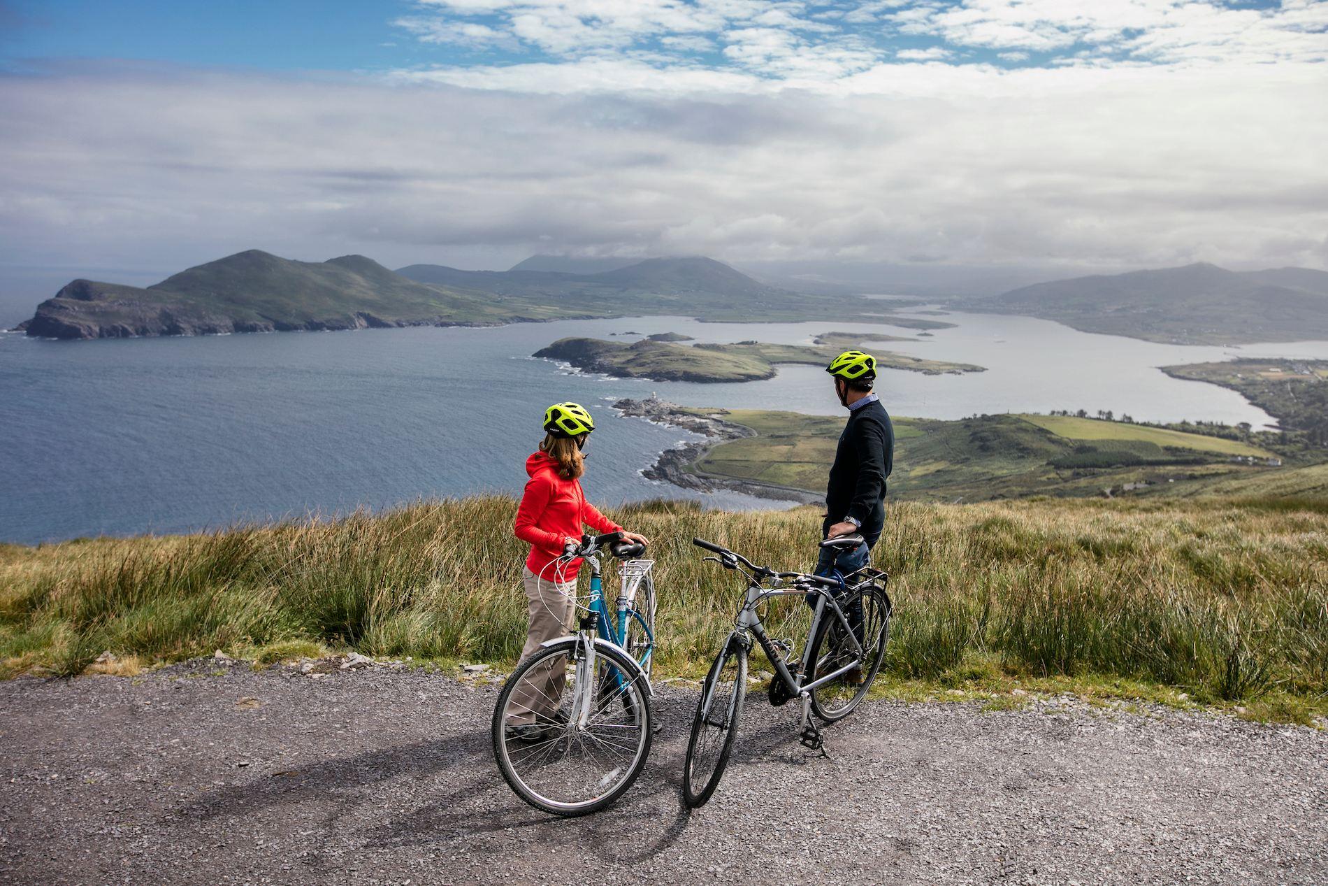 Unique honeymoon ideas - Cycling in Ireland